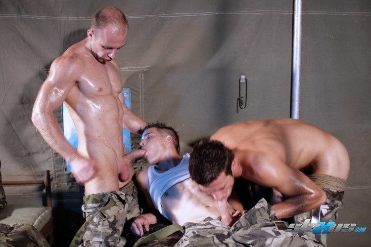 Raw Courage DOWNLOAD - Gallery - 007