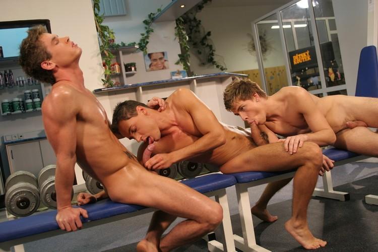 Bareback Gym Buddies DVD - Gallery - 002